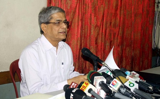 আ.লীগ নয়, সরকার চালাচ্ছে পোশাকধারীরা : মির্জা ফখরুল