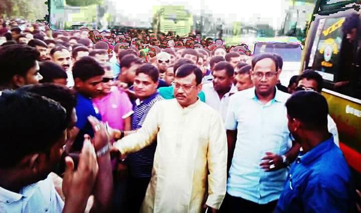 খালেদা জিয়াকে বিদায় জানাতে বিমানবন্দর এলাকায় নেতাকর্মীদের ঢল