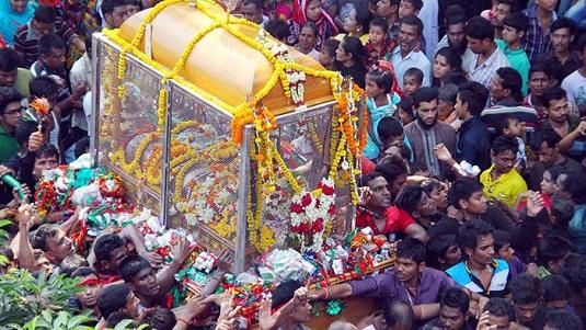 কারবালার স্মরণে রাজধানীতে তাজিয়া মিছিলে 'হায় হোসেন-হায় হোসেন' মাতম