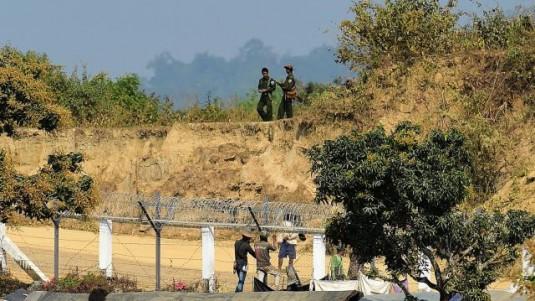 অভ্যন্তরীণ নিরাপত্তার জন্যই বাড়তি সেনা মোতায়েন, দাবি মায়ানমারের