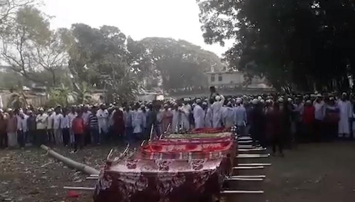 মুন্সিগঞ্জে সড়ক দুর্ঘটনায় নিহত ১০ জনের দাফন সম্পন্ন