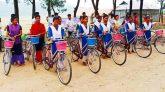 সুনামগঞ্জে ক্ষুদ্র নৃ-গোষ্ঠীর ৩০ শিক্ষার্থী পেল সাইকেল