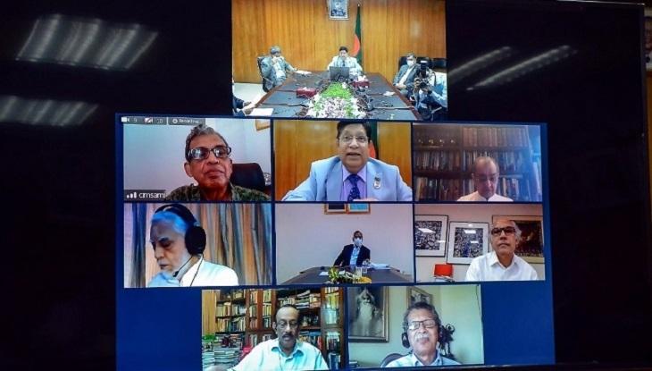 সংকট মোকাবিলায় কূটনীতিকদের মতামত নিলেন পররাষ্ট্রমন্ত্রী