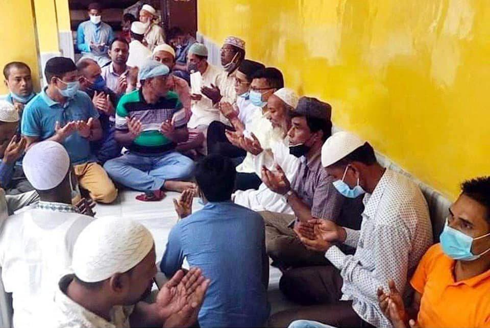 মেয়র আরিফের সুস্থ্যতা কামনায় হযরত শাহজালাল মাজার প্রাঙ্গণে দোয়া মাহফিল অনুষ্ঠিত