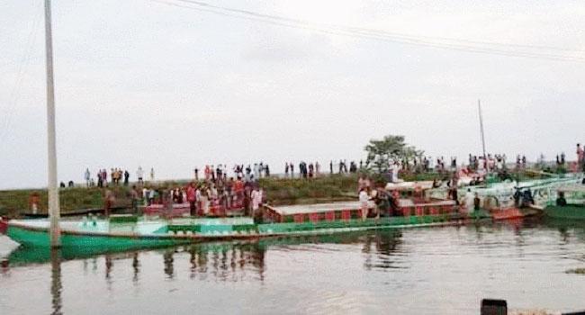 ব্রাহ্মণবাড়িয়ায় নৌকাডুবি : ১৯ লাশ উদ্ধার